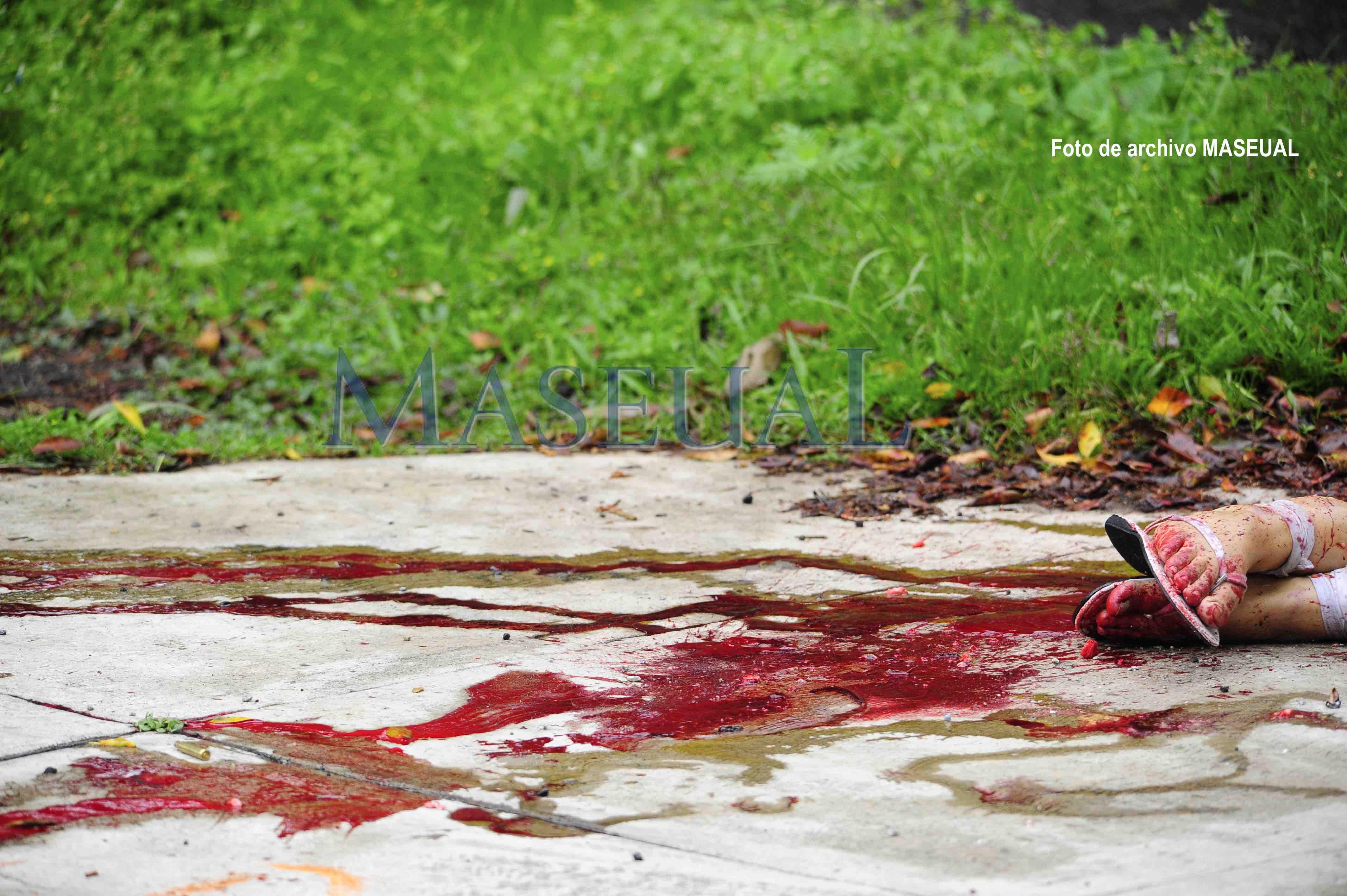 Feminicidio sangre copia