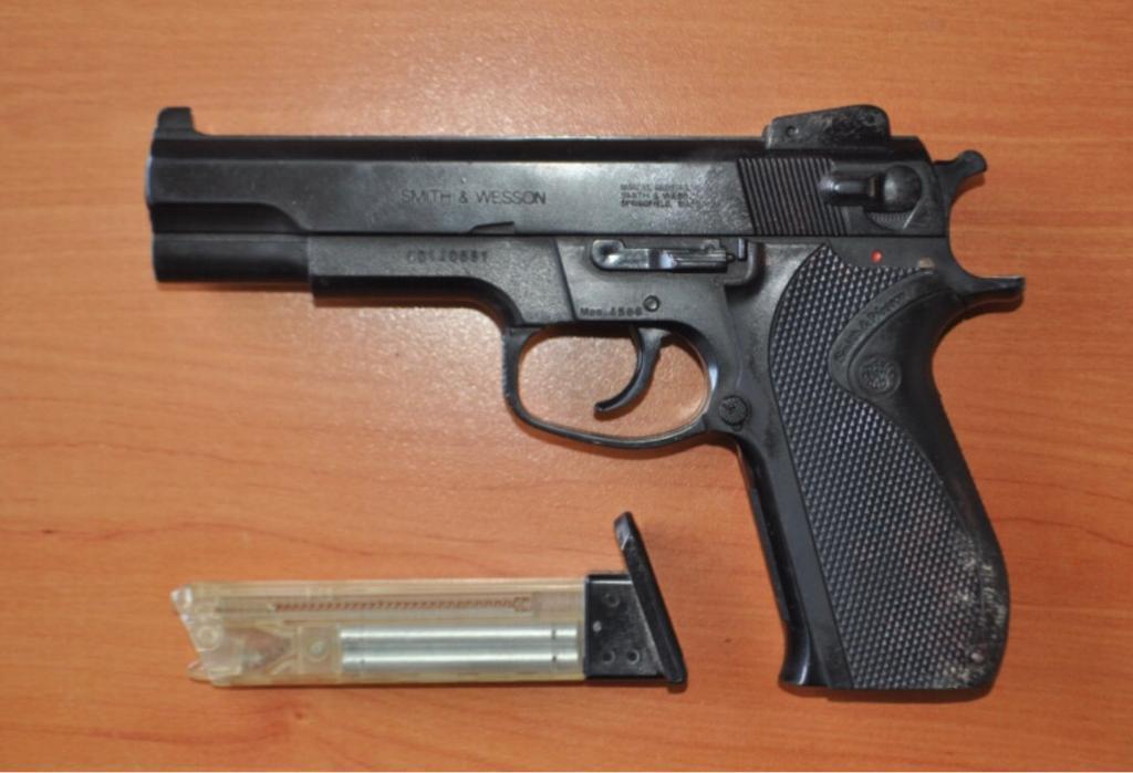 Pistola EZ