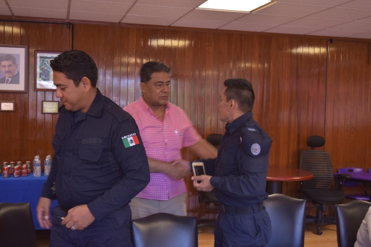 Eiiacin policia